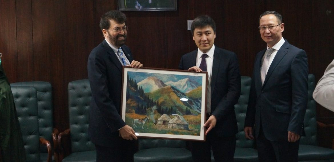 Education Minister of Kyrgyz Republic along with Rector of Jalal-Abad State University has officially visited Pakistan Education Ministry for the improvement of training of Pakistani Students in Kyrgyzstan